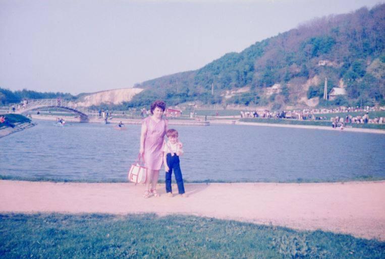 1985-ben a sportpályán rendezett majális után a Csónakázó-tóhoz kirándultunk - mondta Gyenes Imréné