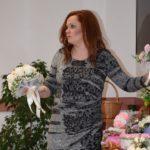 Tündérdekor: Koszta Judit inspiráló virágkölteményei